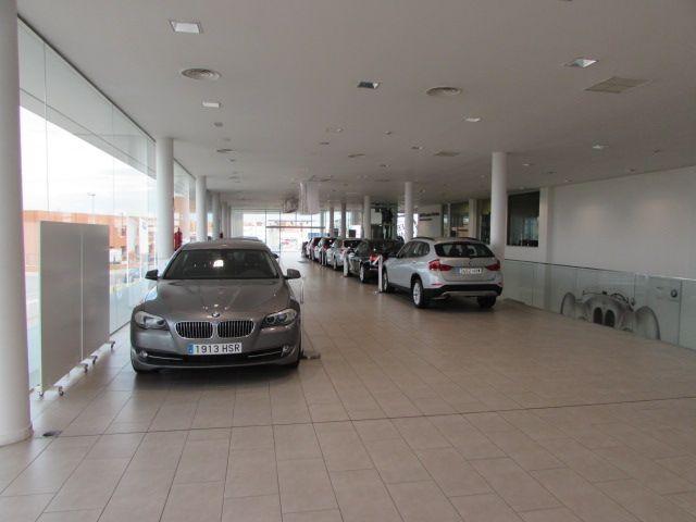MOMENTUM - BMW 4