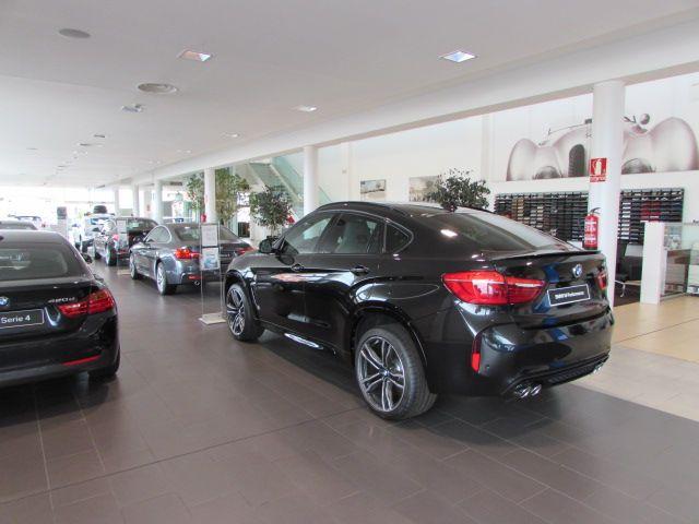 MOMENTUM - BMW 7