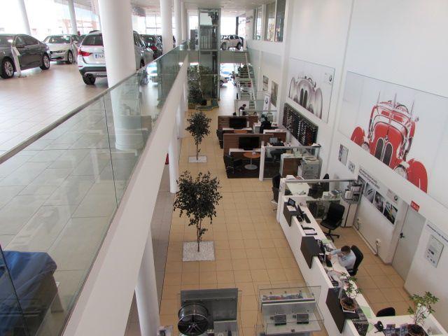 Concesionarios y empresas concesionarios legan s madrid for Oficina qualitas auto madrid