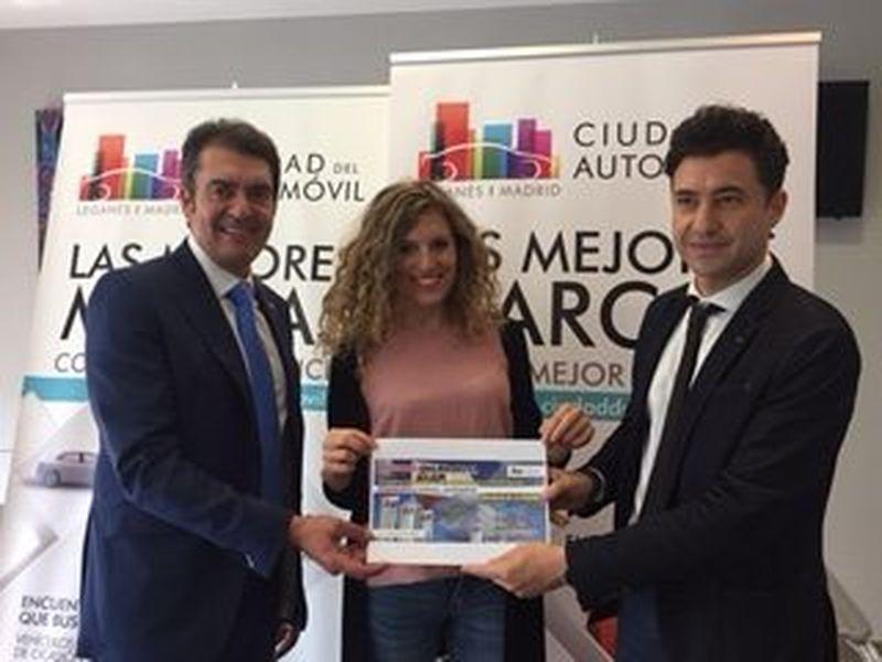 Sara Márquez Gil, ganadora del cheque regalo de 1.000€